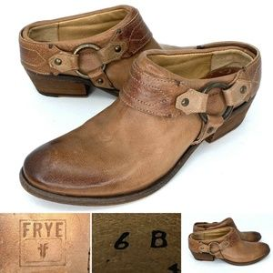 FRYE Carson Harness Clogs Leather Western Boots